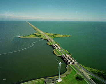 Afsluitdijk - an example of Dutch ingenuity and engineering prowess