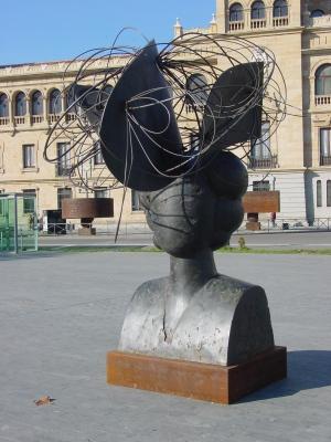 Manolo Valdes sculpture (2006) Valladolid (2006). Courtesy of Lourdes Cardenal.