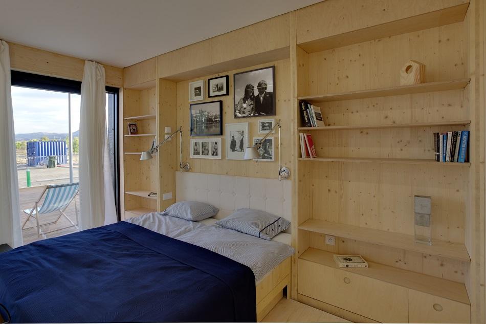 AIR House bedroom Czech Republic Team