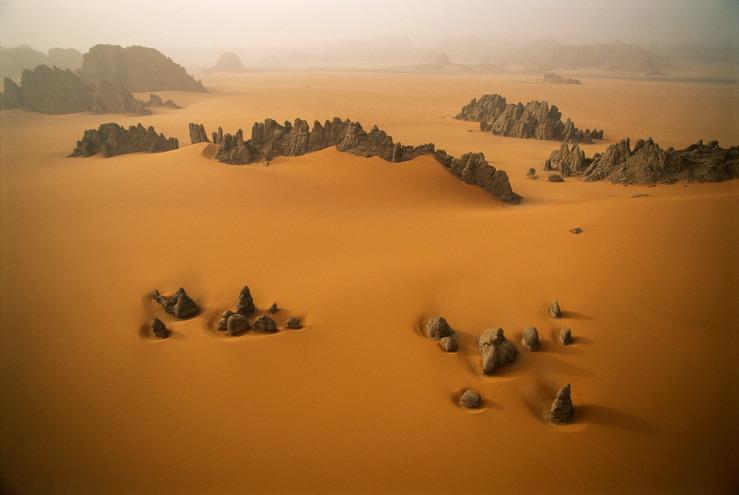 """From """"Desert Air"""" by George Steinmetz. © George Steinmetz"""