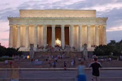 Lincoln Memorial at Dusk courtesy wikipedia commons