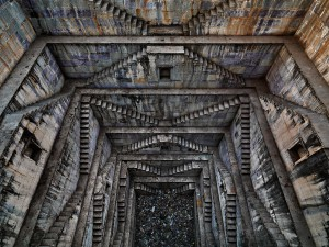 Stepwell 4. Sagar Kund Baori Bundi, Rajasthan India 2010 ©Edward Burtynsky
