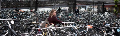 Amsterdam: Find your bike in this pile!