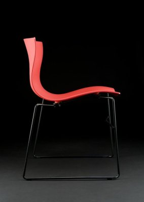 Massimo Vignelli's handkerchief chair (Courtesy Brooklyn Museum)