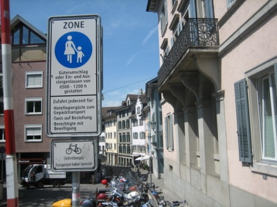 Pedestrian Zone Zurich Photo by Heinrich