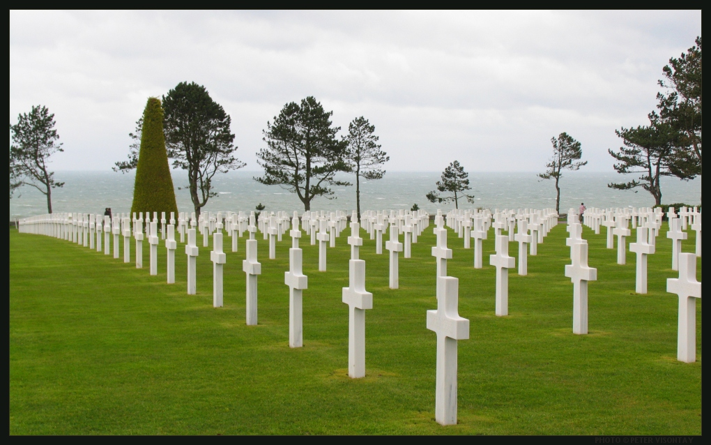 American Cemetery at Colleville Sur Mer. Courtesy of Earth Photography dot com