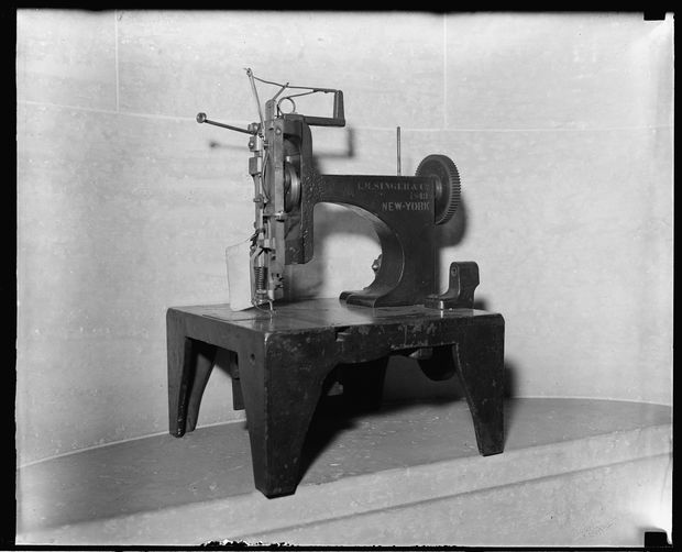 Singer Sewing Machine/ Collection of the Library of Congress
