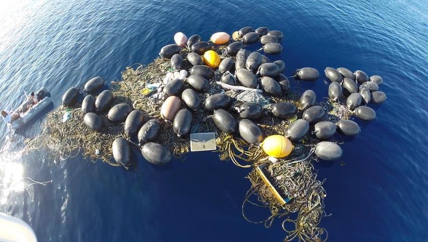 Floating pile of trash courtesy of Algalita Foundation