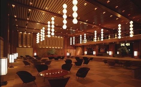 Hotel Okura lobby Courtesy of Cornichwatches