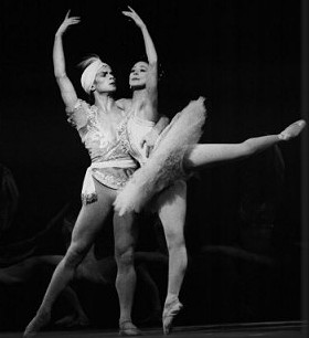 Rudolf Nureyev and Margot Fonteyn in the Grand adage from Nureyev's staging of the Petipa Minkus The Kingdom of the Shades for the Royal Ballet, London 1963