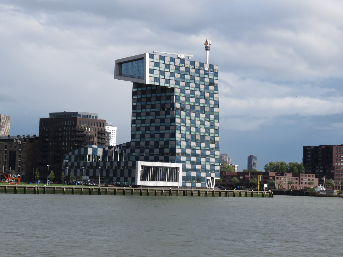 Rotterdam Waterfront - one of many dramatic buildings