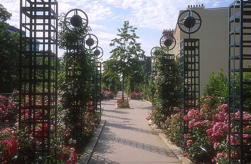 A view of the Promenade Photographer: Anthony Atkielski (Agateller) CC BY-SA 3.0 via Wiki