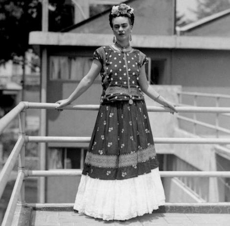 Frida in Tehuana dress. Photo by Nikolas Murray.