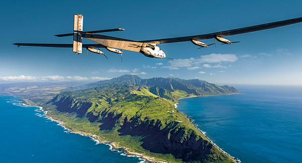 SI2 over the Pacific-- the 12th leg of their round-the-world trip. Courtesy of SI2