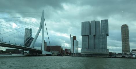 Rotterdam's Swan Bridge (Bobbie Faul-Zeitler, CC 3.0)