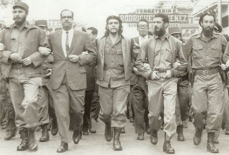 Che, Fidel and others in the LaCoubre March