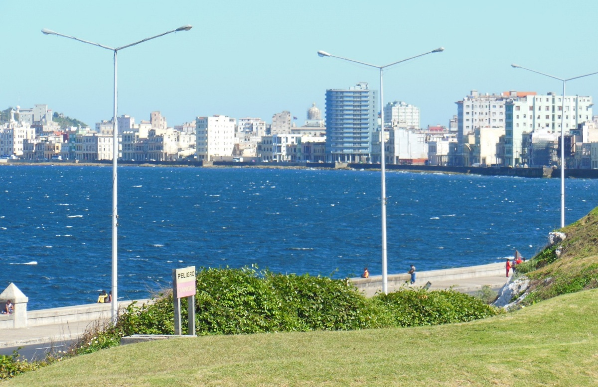 The Malecón in Havana, where the land meets the sea – a magnet for meeting up and socializing