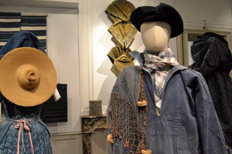 Jacket, beret, handkerchief of Guerande fisherman. The denim (de Nimes !) was invented in France. Photo by Stefane Cerri.
