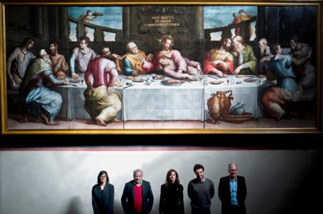 Vasari's Last Supper with some of the team that restored the painting. Photo by Clara Vannucci