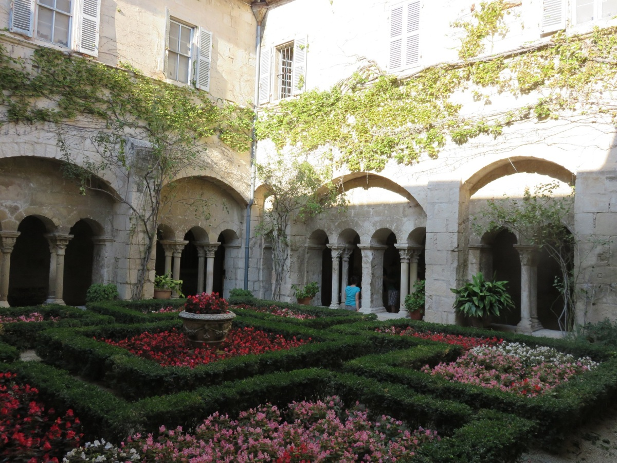 The gardens of the sanitarium in St. Remy where Vincent Van Gogh did his most prolific work (Roberta Faul-Zeitler CC 3.0)