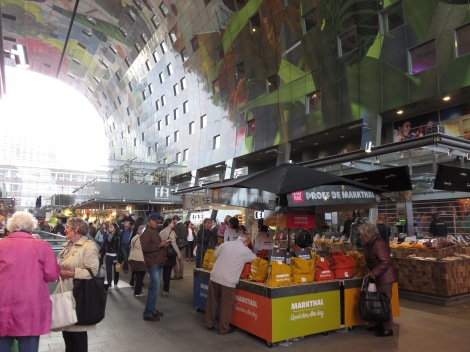 Interior of the Markthal captures natural light and a plenitude of foods, plus cookware store, florists and more. (Roberta Faul-Zeitler, CC 3.0)