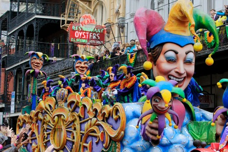 A float is seen in the parade down St. Charles Avenue on Mardi Gras Day in New Orleans, Louisiana February 12, 2013. REUTERS/Sean Gardner