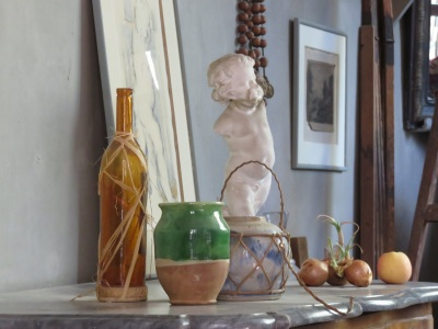 Some of the artist's treasured props. The green pot appears in many still lifes.