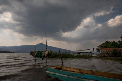 Water quality in Lake Patzcuaro has seriously declined, and with it, the population of achoques. Photo by Adriana Zehbrauskas for The New York Times. All rights reserved.