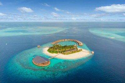 Maldives solar-powered residences