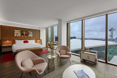 Midcentury modern furnishings adorn the new hotel rooms at TWA Hotel. Photo courtesy of Lubrano Ciavarra Architects